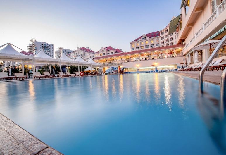 Qingdao Seaview Garden Hotel, Qingdao, Alberca al aire libre