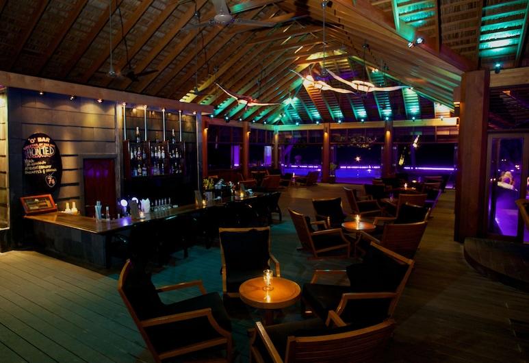 Kuredu Island bar