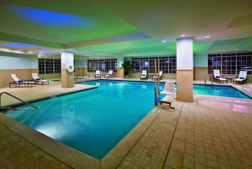 Wyndham Gettysburg Indoor Pool