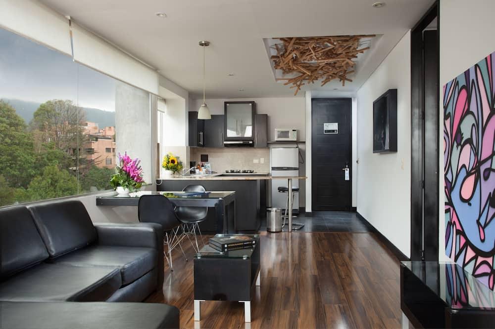 Suite Deluxe, 1 camera da letto, vasca da bagno, vista città - Soggiorno