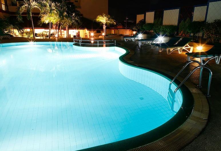 アモーラ ホテル タパエ チェンマイ, チェンマイ, 屋外プール