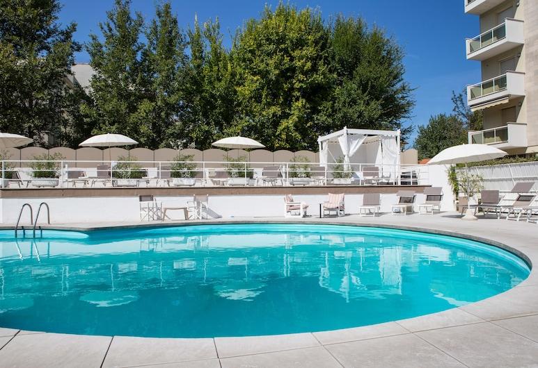 Oxygen Lifestyle Hotel Helvetia Parco, Rimini, Sundlaug