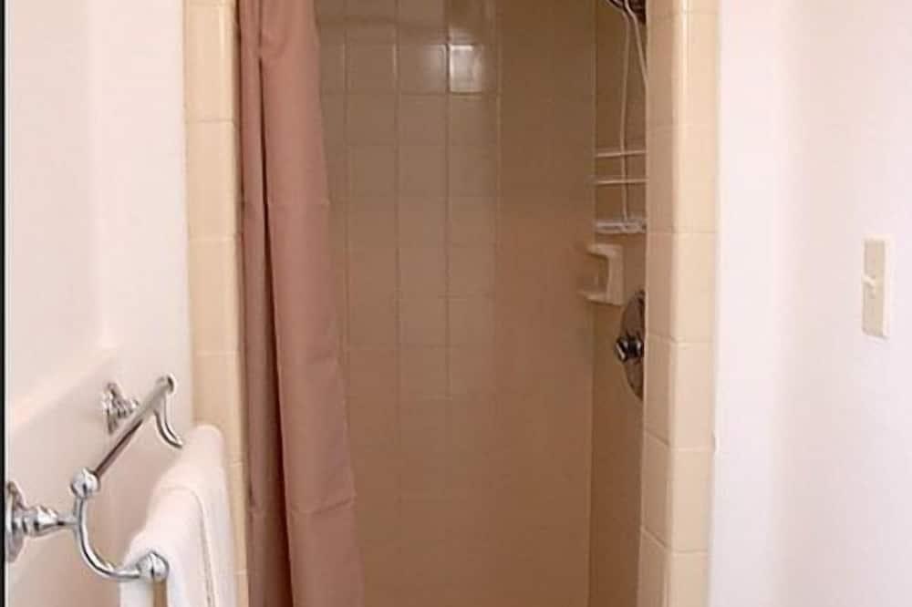 Dua Katil double bebas merokok - Bilik mandi