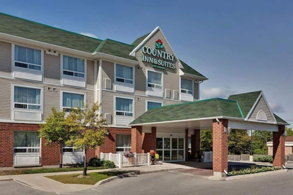 Country Inn & Suites by Radisson, London South, ON, London
