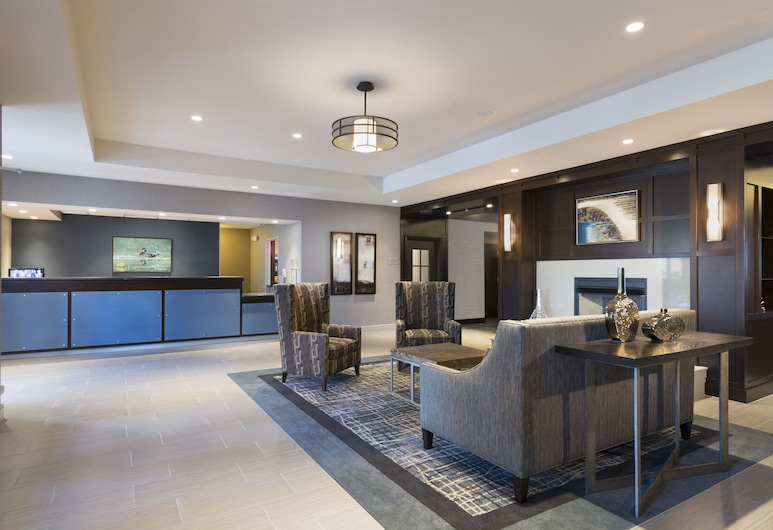 Homewood Suites by Hilton Portsmouth, Portsmouth, Sitzecke in der Lobby