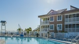 Book this Kitchen Hotel in Pensacola