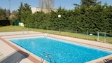 Choose This 3 Star Hotel In Valence