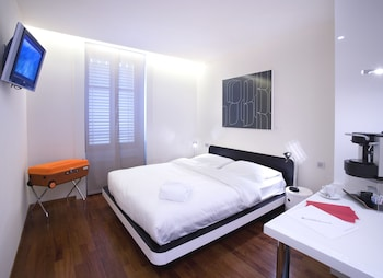 Picture of La Cour des Augustins Boutique Gallery Design Hotel in Geneva