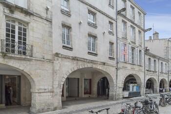 Picture of The Originals Boutique, Hôtel Saint Jean d'Acre, La Rochelle Vieux Port (Inter-Hotel) in La Rochelle