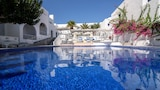 Book this Parking available Hotel in Santorini