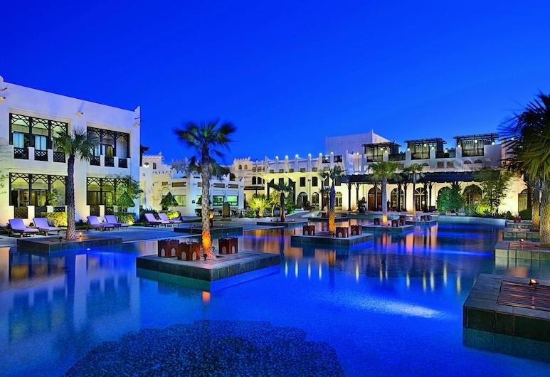 Sharq Village & Spa, a Ritz-Carlton Hotel, Doha, Utvendig