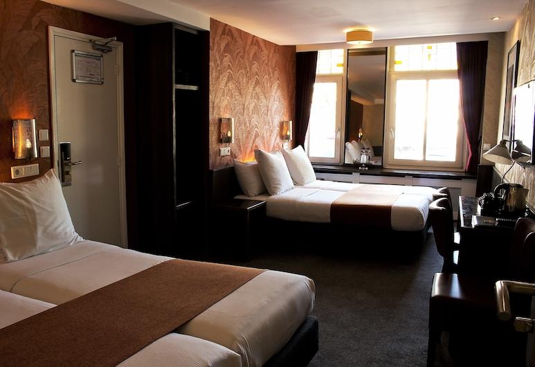 Hotel Monopole, Amsterdam, Quadruple Room, Guest Room