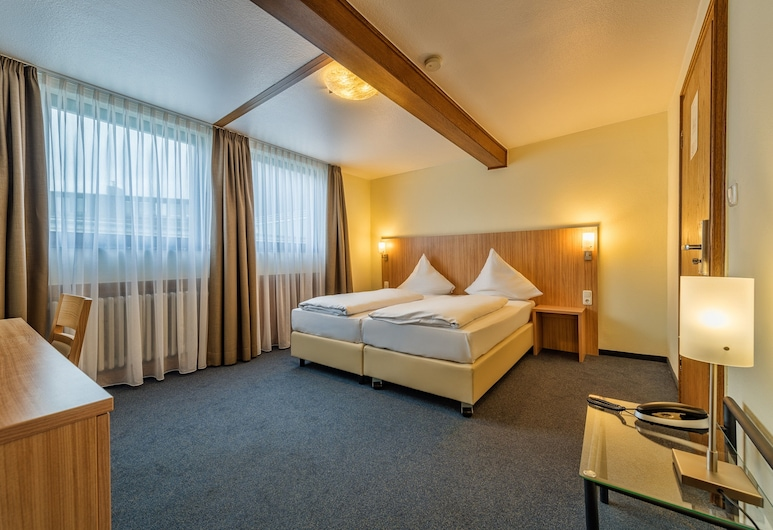 Windsor Hotel, Cologne, Family Room, Guest Room