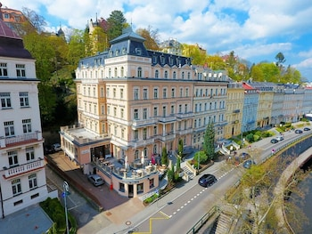 Naktsmītnes Humboldt Park Hotel And Spa attēls vietā Karlovi Vari