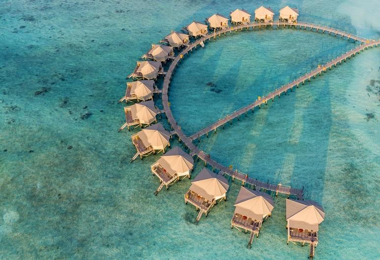 Komandoo Maldives Island Resort, Komandoo