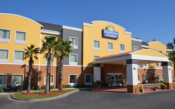 Port Wentworth bölgesindeki Days Inn And Suites - Savannah North I-95 resmi