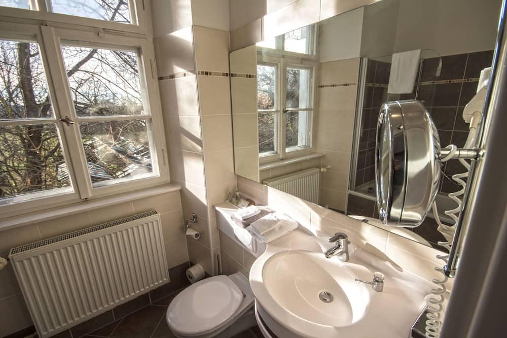 Klassieke tweepersoonskamer, 1 kingsize bed - Badkamer