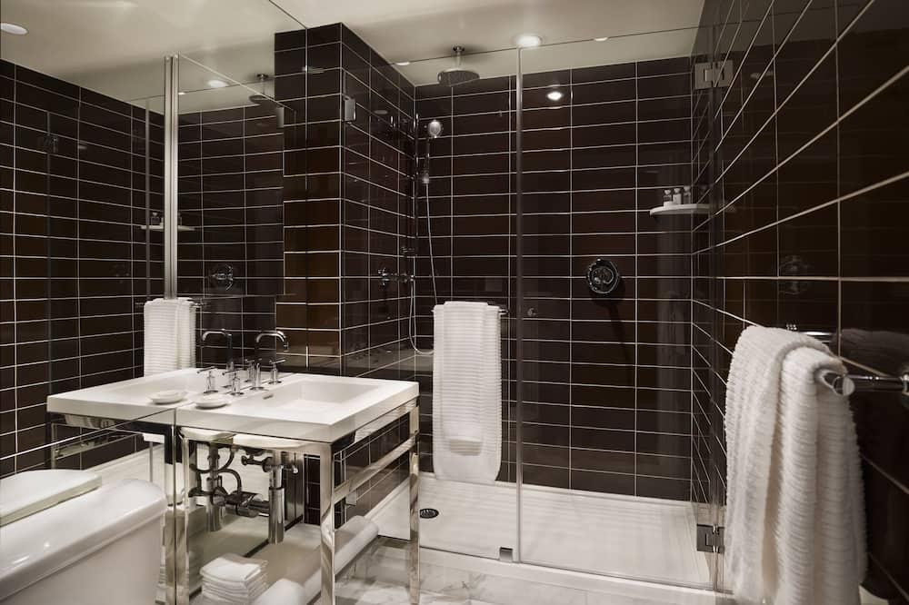 Номер-люкс категорії «Делюкс», 1 спальня - Ванна кімната