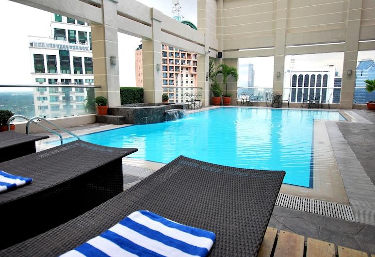 City Garden Hotel Makati, מקאטי, בריכה על הגג