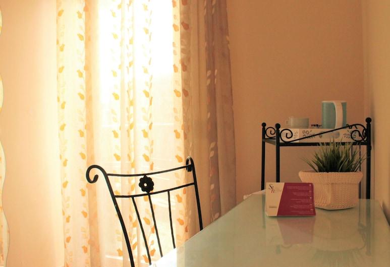 Sicilia Home B&B, Catania, Doppia Standard, Vista dalla camera