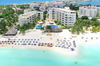 Picture of Ixchel Beach Hotel in Isla Mujeres