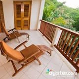 Executive Suite, 1 Bedroom, Kitchen, Marina View - Balcony