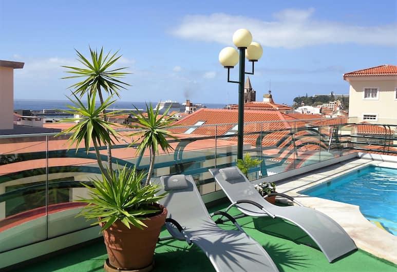 Hotel Windsor, Funchal, Pool på tagterrassen