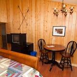 Habitación, 1 cama King size - Servicio de comidas en la habitación