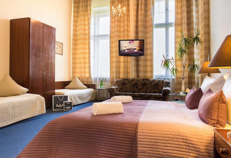 Hotel Comet am Kurfürstendamm, Berlin, Basic-Doppel- oder -Zweibettzimmer, Zimmer