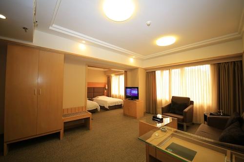โรงแรมซิโน/