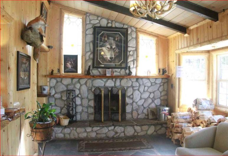 Wolf Creek Resort, Big Bear Lake, Eteisaula