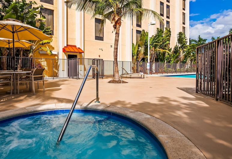 Best Western Plus Kendall Hotel & Suites, Miami, Piscina