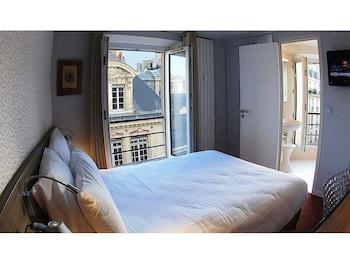 Picture of Hôtel des 3 Collèges in Paris