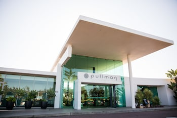 Picture of Pullman Magenta Shores Resort in Magenta Shores