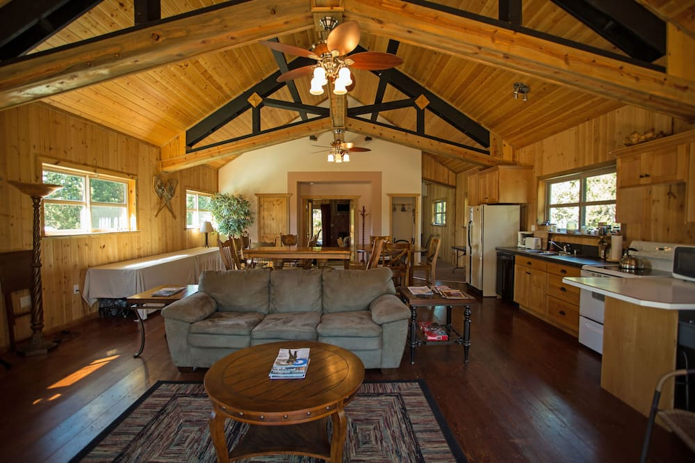 Kamar Double untuk 1 Orang - Area Keluarga