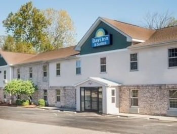 Sellersburg bölgesindeki Days Inn & Suites Sellersburg resmi