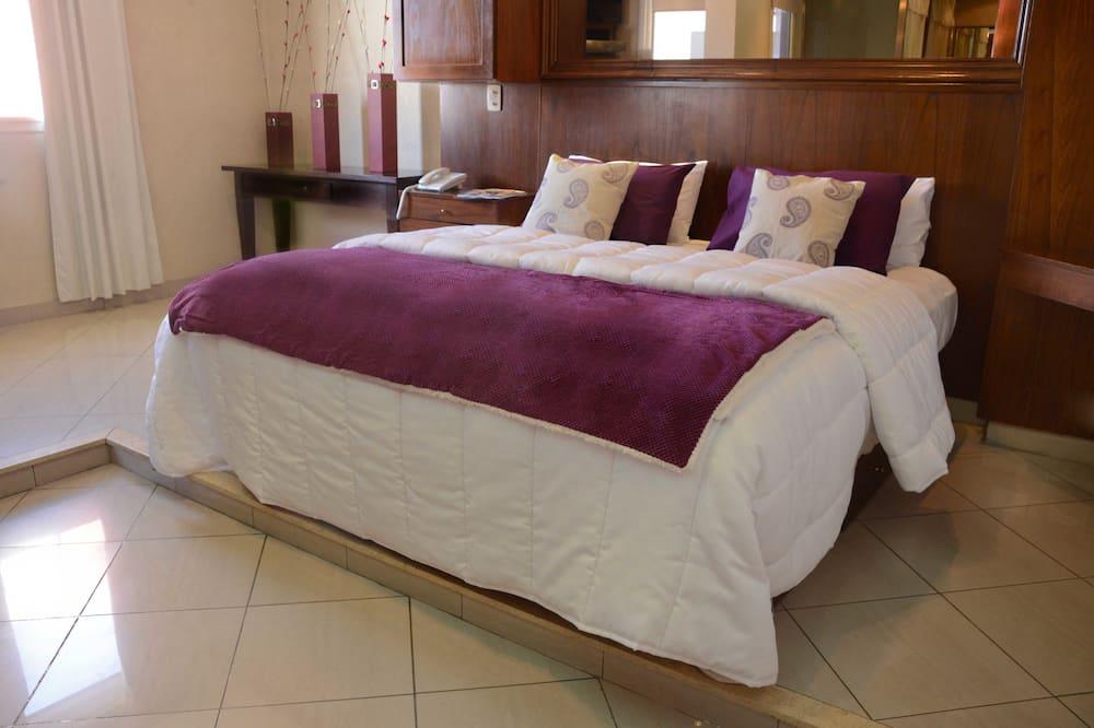 Dvivietis kambarys, 1 standartinė dvigulė lova - Pagrindinė nuotrauka