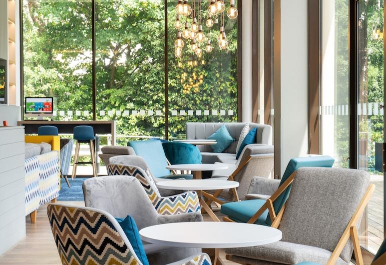 Holiday Inn Bournemouth, Bournemouth, Hotel Bar