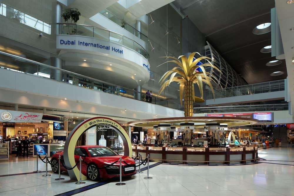 Dubai International Hotel, Dubai Airport