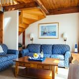 Townhome, 1 Bedroom - Living Room