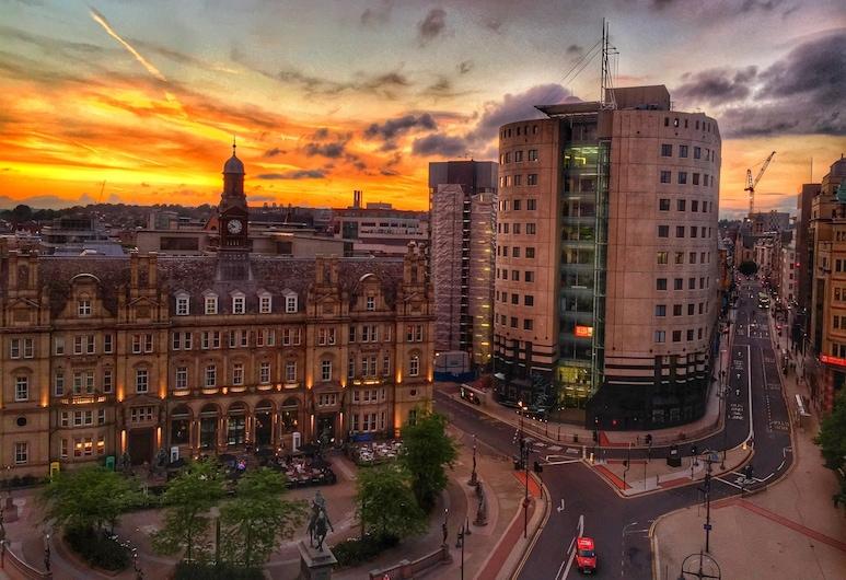 Quebecs Luxury Apartments, Leeds, Pohľad na zariadenie - večer