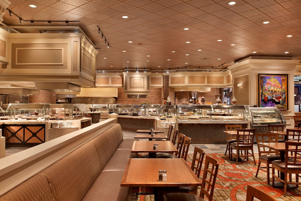 restaurants orleans casino