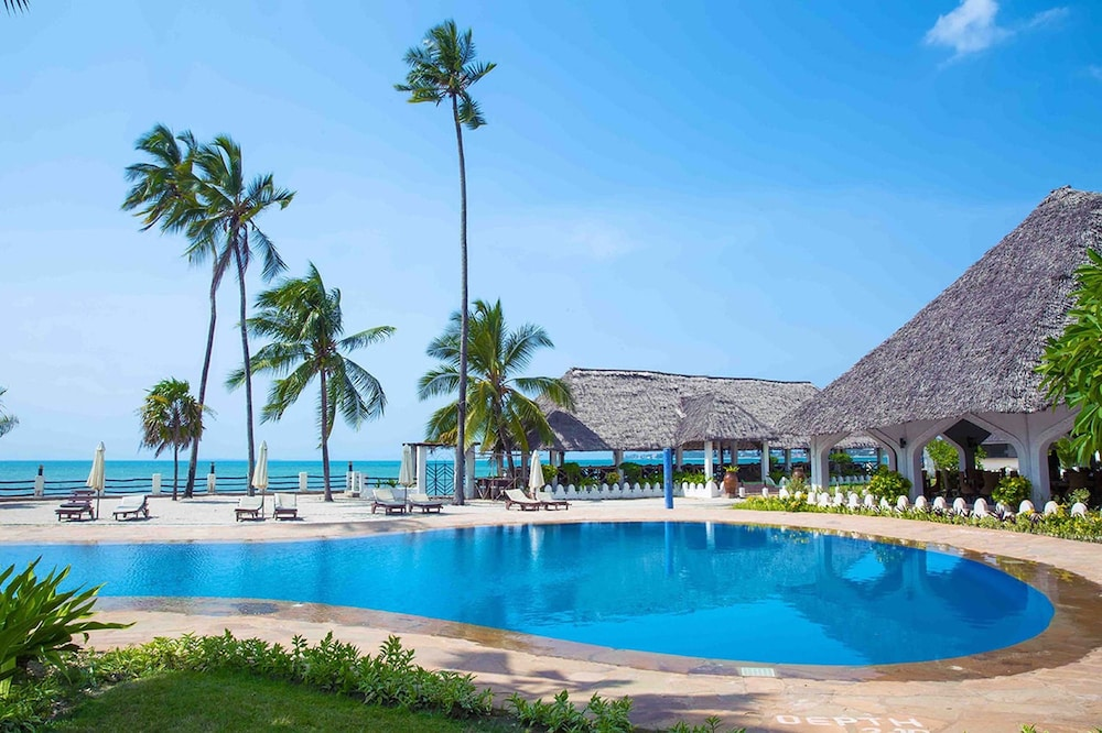 Tavolo Da Lavoro Per Zanzibar : Prenota zanzibar beach resort a zanzibar città hotels.com