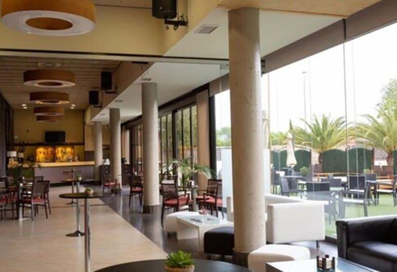 Hotel & Spa Las Artes, Pinto, Bar do Hotel