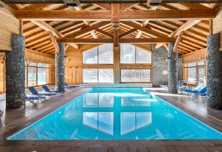 Résidence Lagrange Vacances le Hameau du Rocher Blanc, Saint-Chaffrey, Indoor Pool