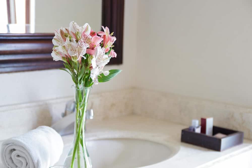 Номер, 2 двуспальные кровати (Preferencial) - Ванная комната