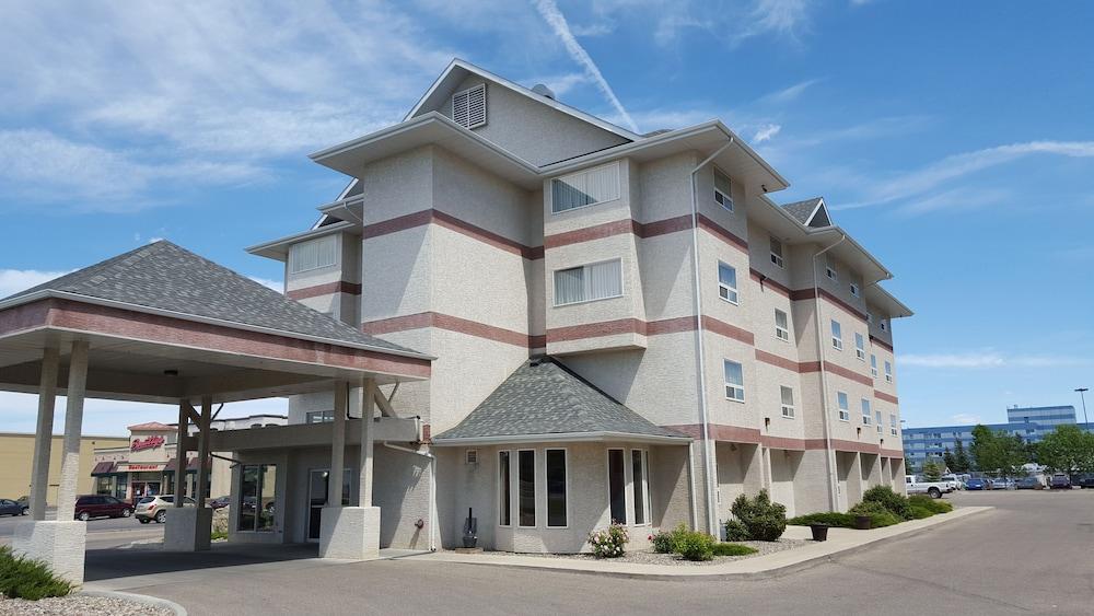 Book Premier Inn And Suites in Lethbridge | Hotels.com