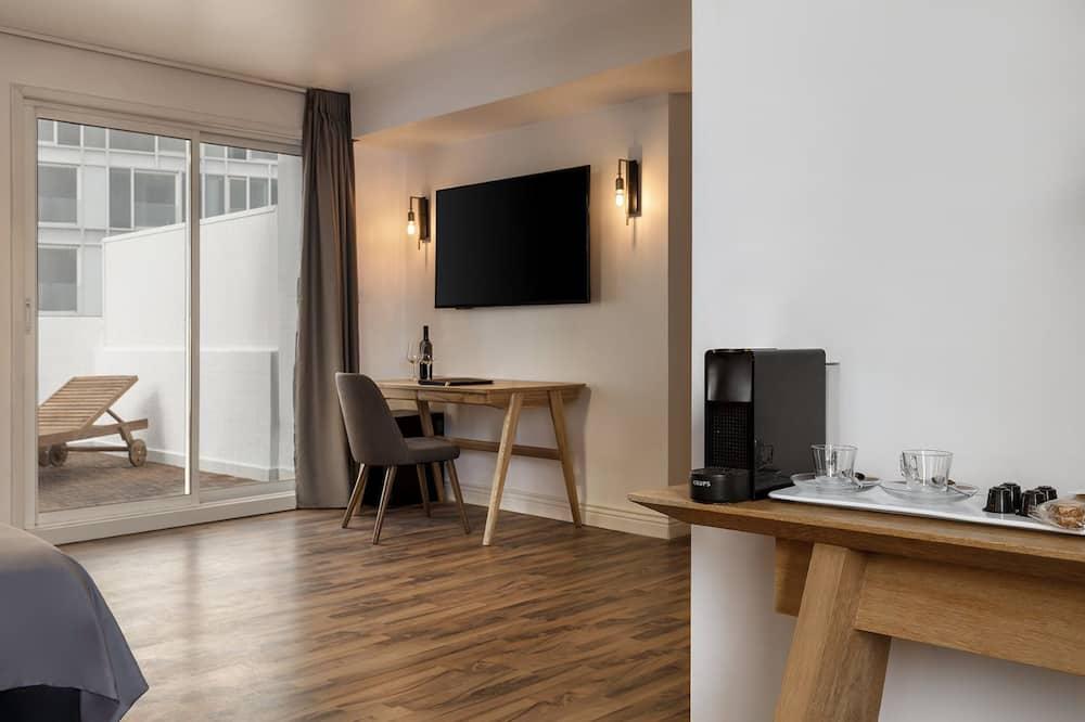 Estudio, 1 habitación, balcón, vista al mar - Sala de estar