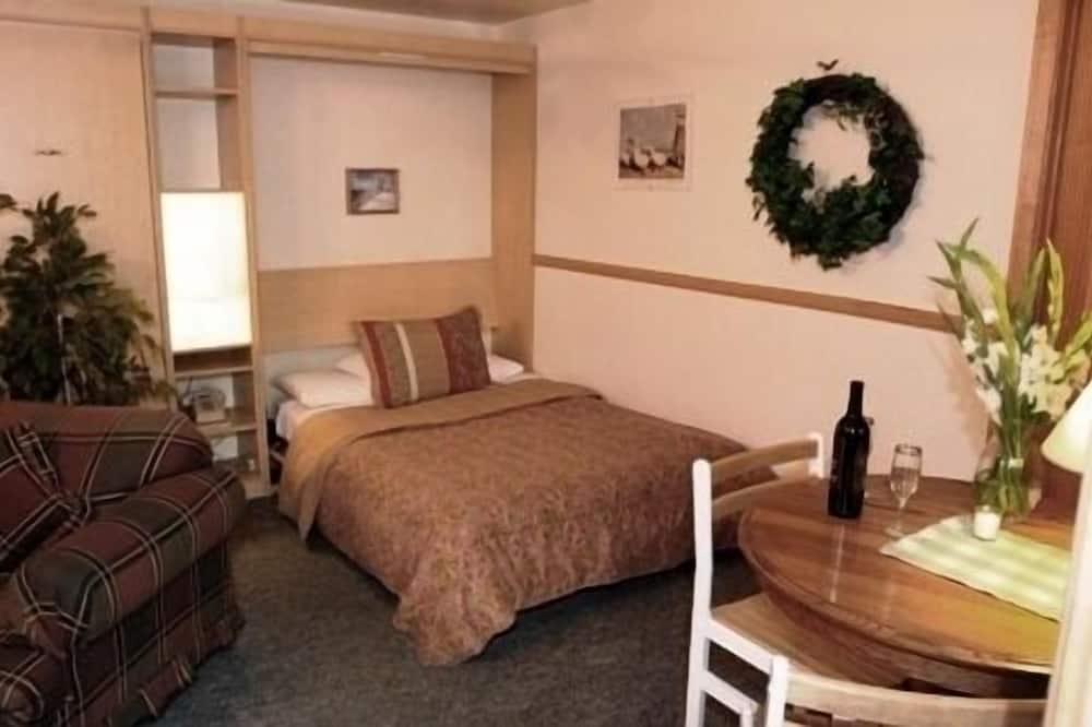 Kamar Standar, 1 Tempat Tidur Queen, perapian - Tempat Makan Di Kamar