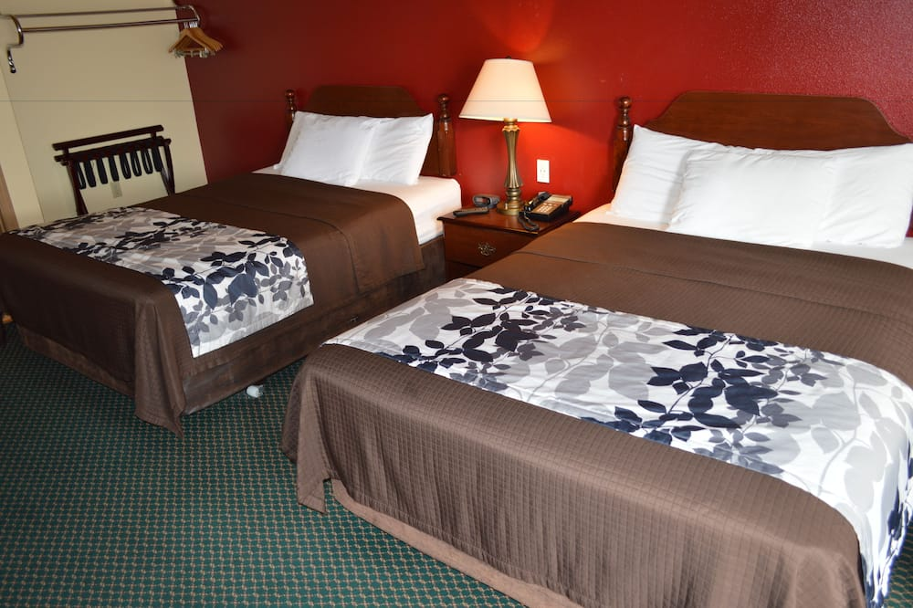 Standard Double Room, 2 Double Beds, Non Smoking - Living Area